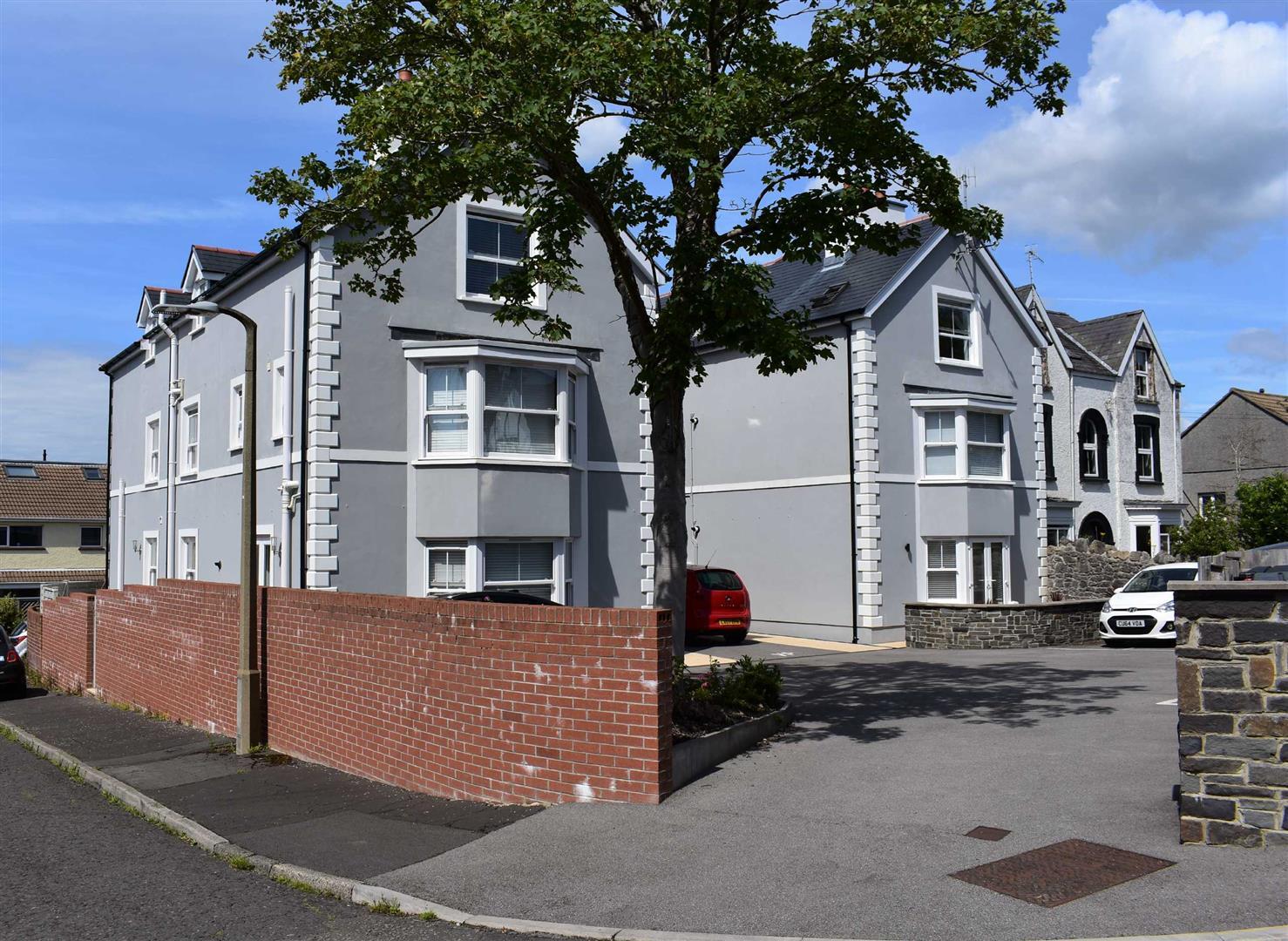Overland Road, Mumbles, Swansea, SA3 4LP